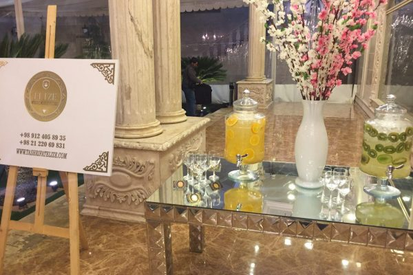 ابمیوه طبیعی و نوشیدنی گرم برای مراسم و جشن ها
